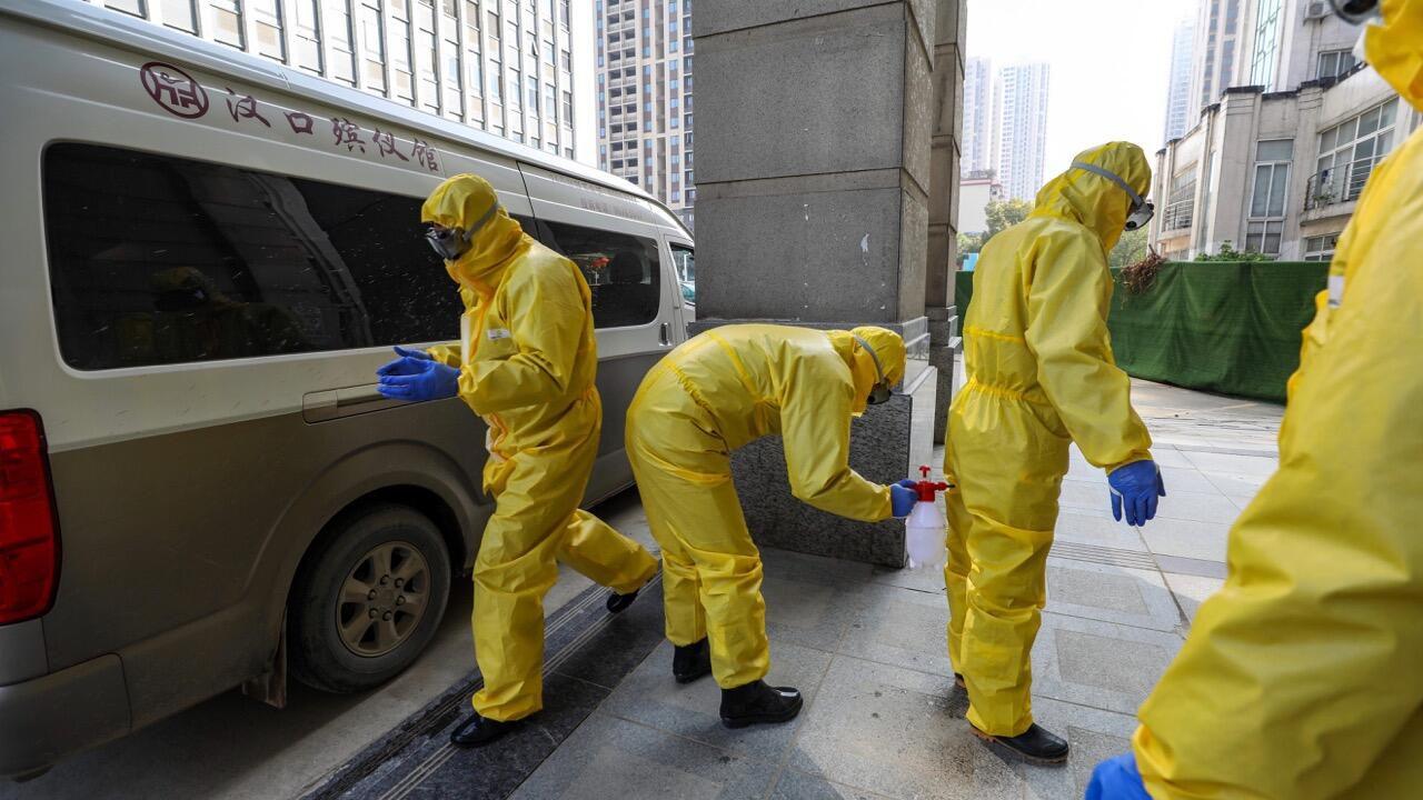 Coronavirus: «Des cadavres s'entassent sur le sol» à l'hôpital envahi par une épidémie