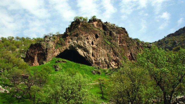La grotte Shanidar est dans le nord de l'Irak