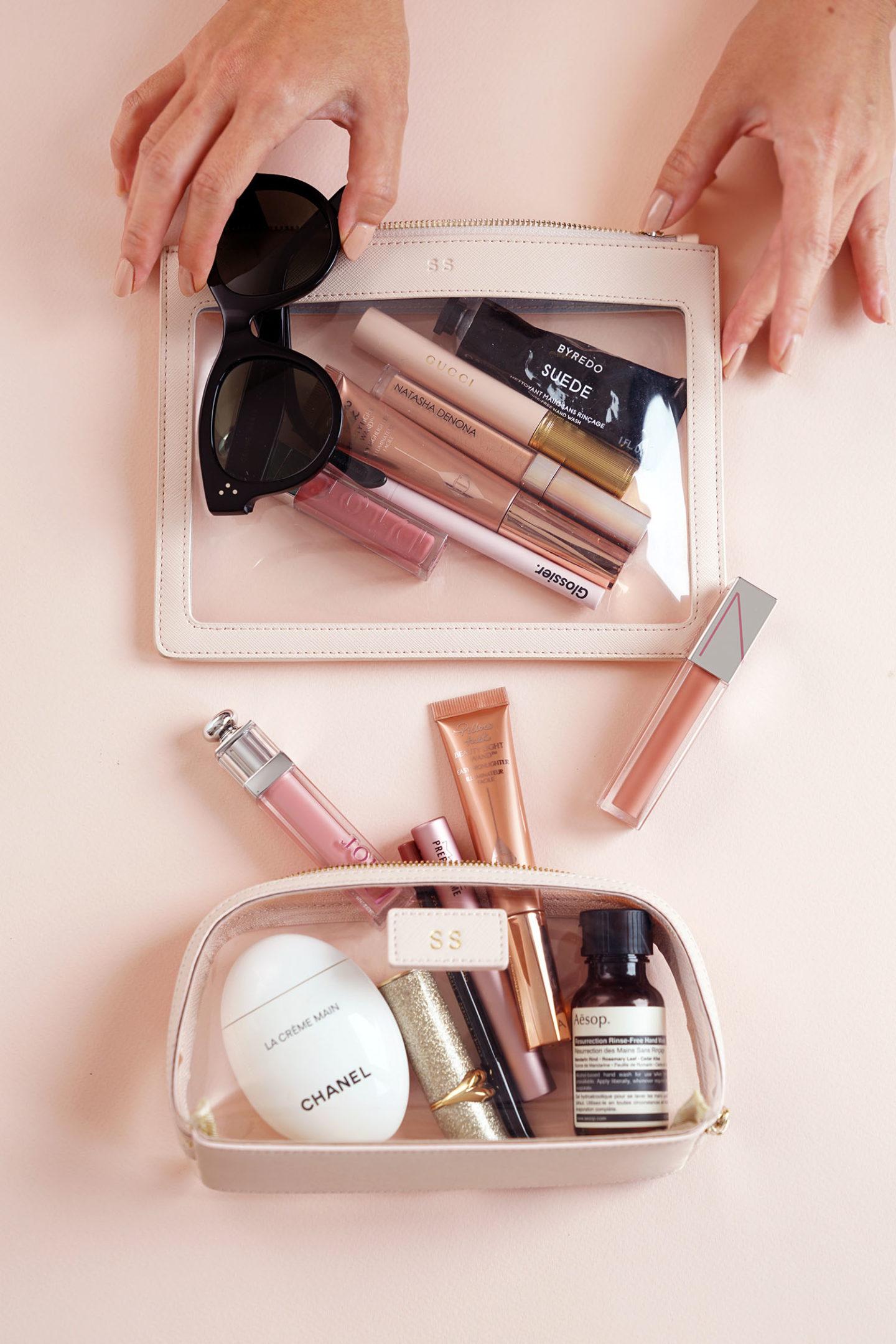 Pochette transparente éditée quotidiennement vs étui cosmétique transparent