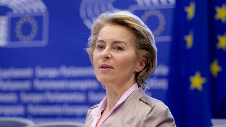 Ursula von der Leyen a été critiquée par certains pour une réponse lente au départ