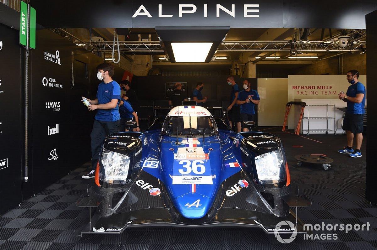 # 36 Signatech Alpine Matmut Alpine A470