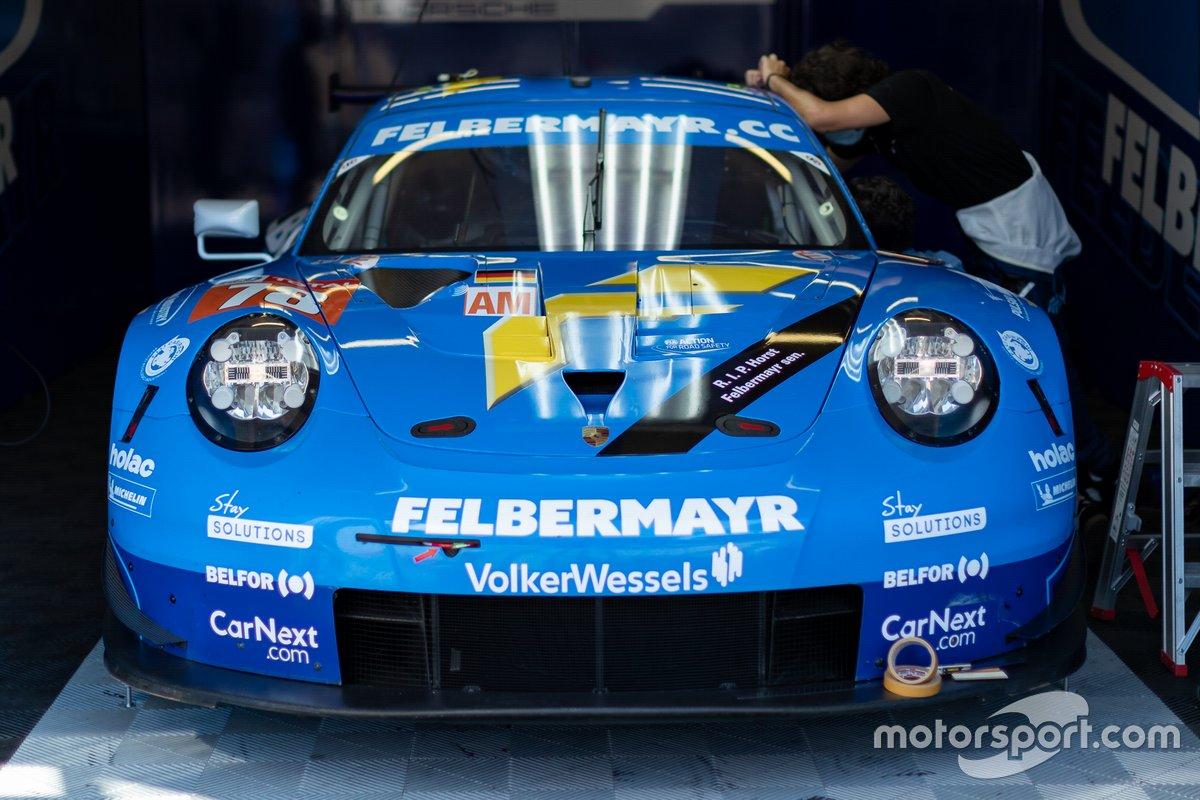 Concours de protons # 78 - Porsche 911 RSR: Horst Felbermayr jr, Michele Beretta, Max Van Splunteren