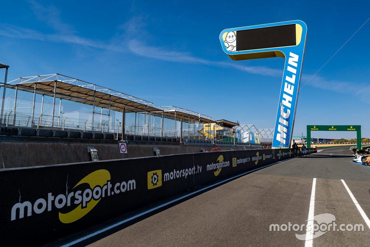 Signalisation Motorsport.com