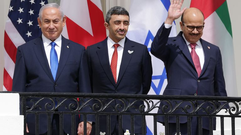 Les trois dirigeants avant la signature à la Maison Blanche