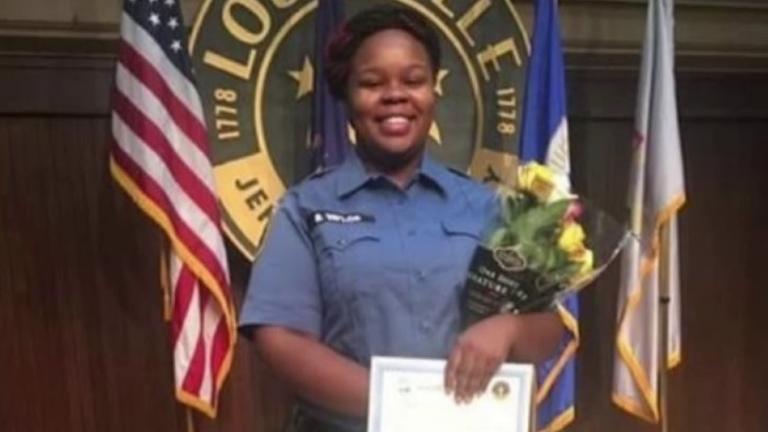 Breonna Taylor était une technicienne médicale d'urgence qualifiée.  Pic: Famille
