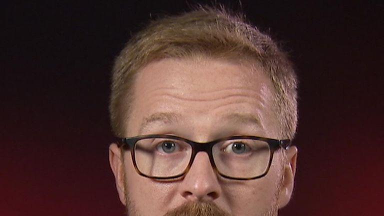 Lloyd Russell-Moyle a annoncé qu'il vit avec le VIH.