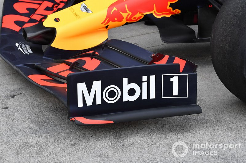 Plaque d'extrémité d'aile avant du Red Bull Racing RB15