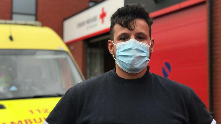 L'ambulancier de la Croix-Rouge Luca Amato
