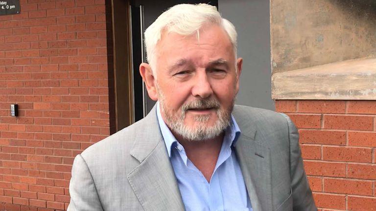John Gilligan était l'une des six personnes arrêtées