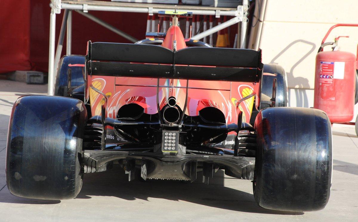 Détail de l'arrière de la Ferrari SF1000
