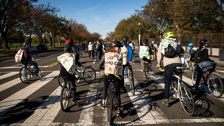 Cycle des manifestants à la Maison Blanche
