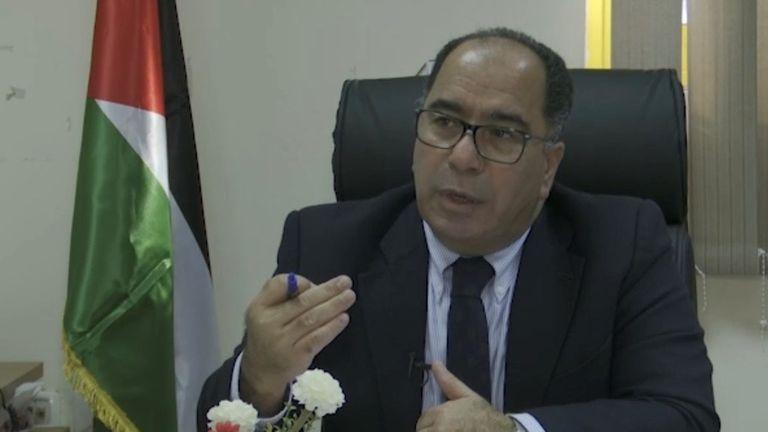 Le Dr Ali Abed Rabbo, directeur palestinien de la santé préventive, déclare qu'Israël devrait fournir le vaccin