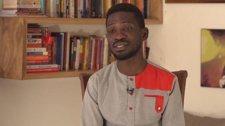 Le candidat à la présidence ougandaise Bobi Wine s'adresse à Sky News