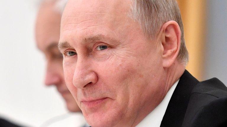 Vladmir Poutine est prêt à améliorer ses relations avec les États-Unis, selon le Kremlin