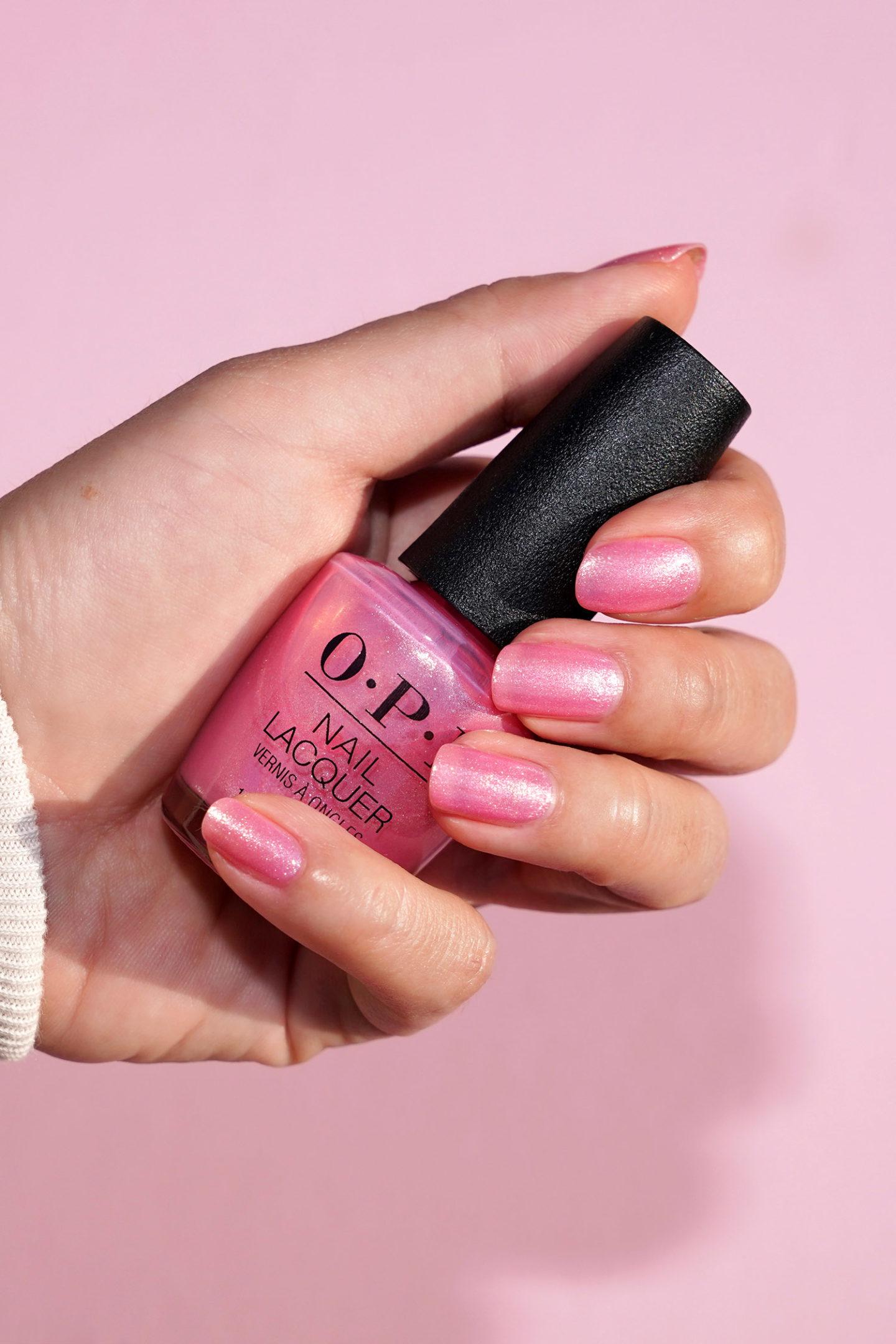 OPI Princesses Rule Swatch de vernis à ongles