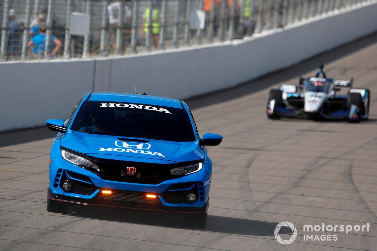 Honda Civic Pace Car en action