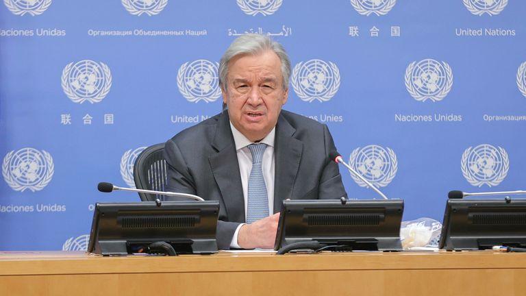 Le secrétaire général de l'ONU a qualifié le rapport d '«alerte rouge».  Pic: AP