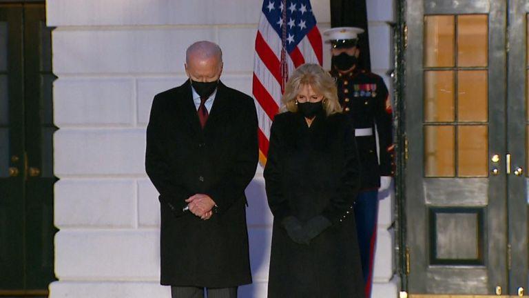 Le président Biden a déclaré: `` Nous nous souvenons de chaque personne et de la vie qu'elle a vécue ''
