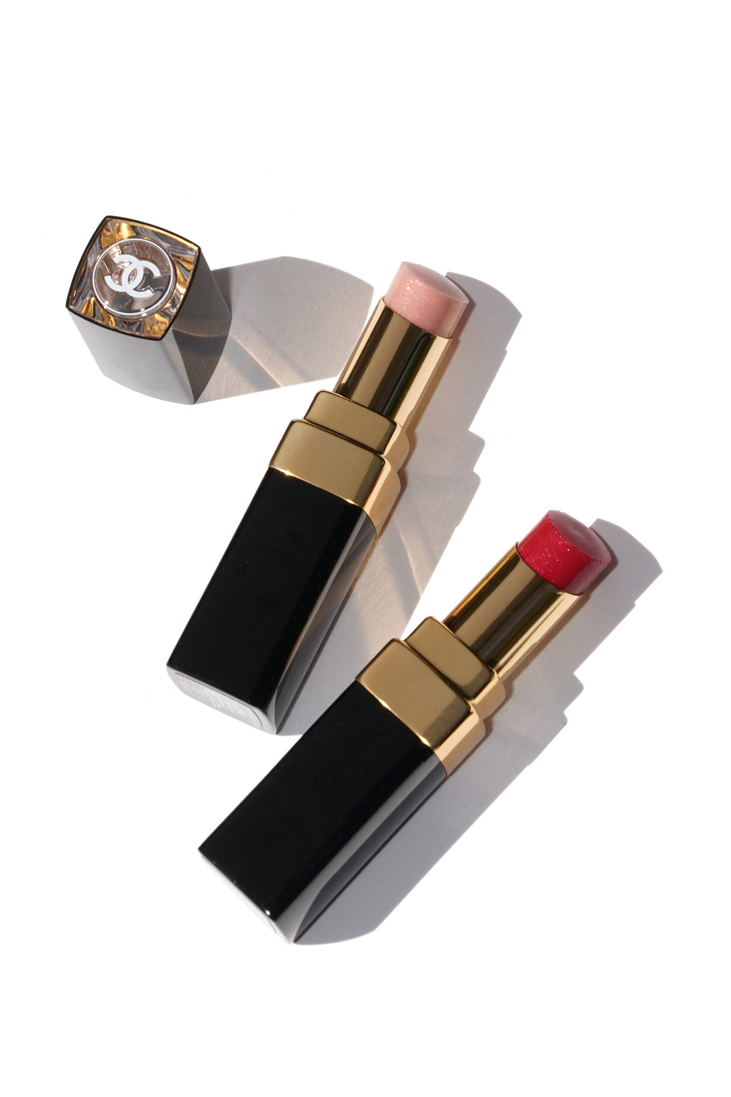 Chanel Rouge Coco Flash dans Douceur 154 et Delicatesse 156