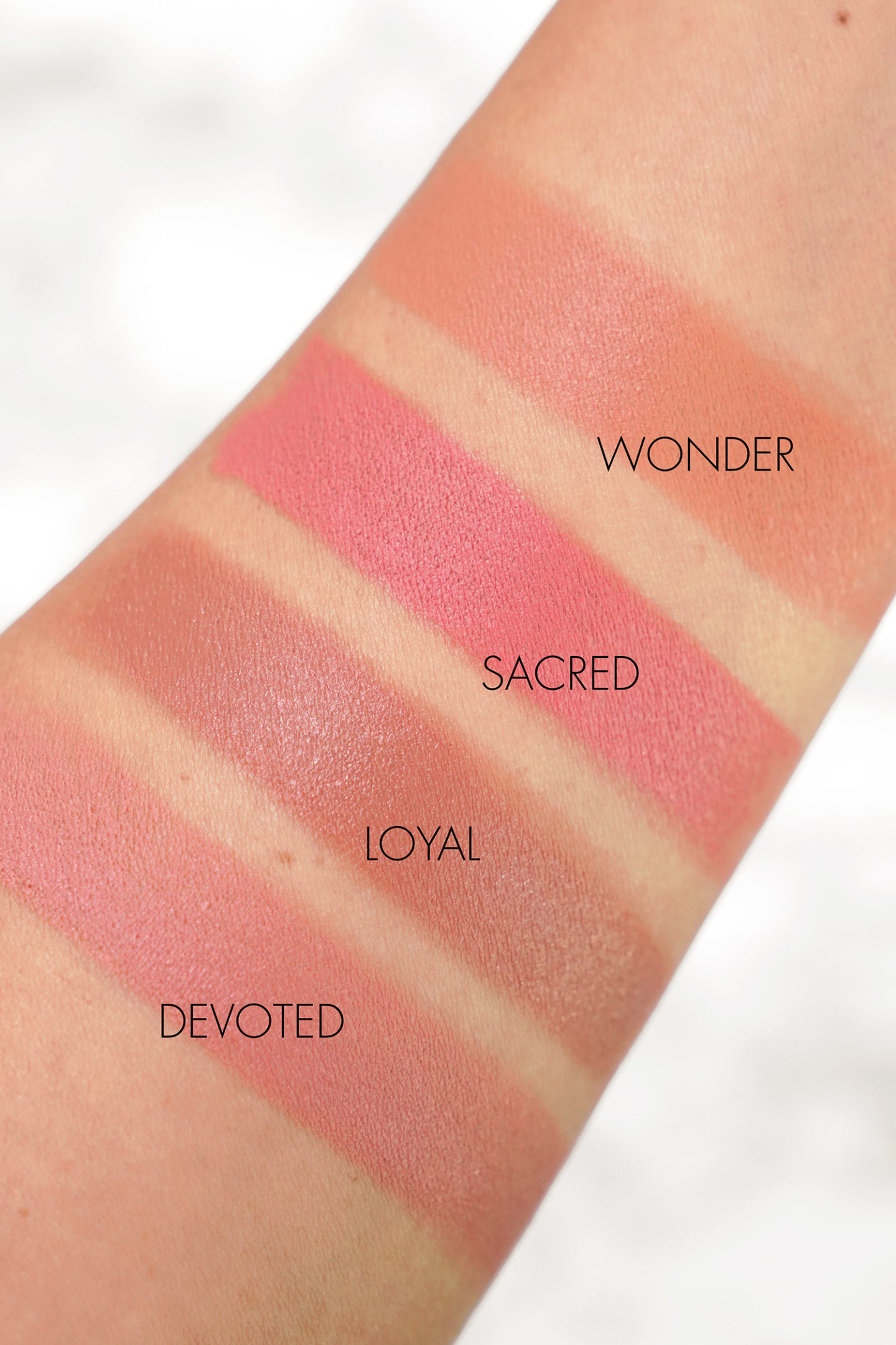 Échantillons Hourglass Vanish Blush Stick