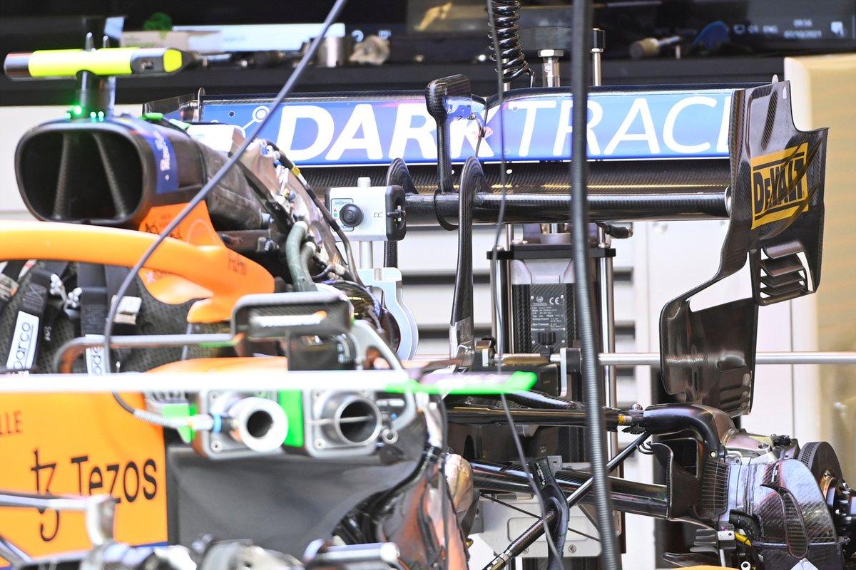 Détail McLaren MCL35M